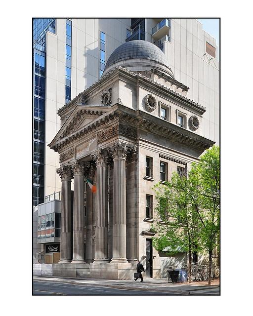 Old Toronto Bank, 205 Yonge Street Toronto