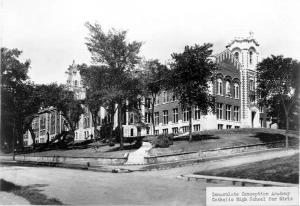 19th Century Davenport Iowa | Early photo (above) of Immaculate Conception Academy. Building was ...