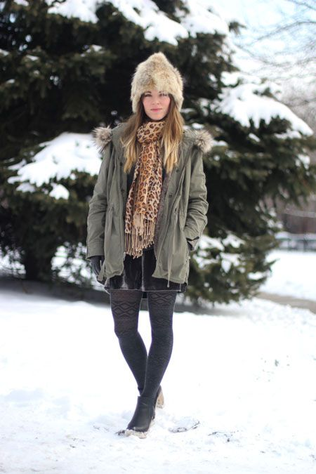 Chicago's Best Winter Street Style In 25 Chic Snaps! #refinery29  http://www.refinery29.com/26456#slide2  Laura is a style blogger and Conde Nast marketing staffer with serious skills, and she's proving them with creative layers in neutral (not boring!) hues.   Photographed by Amy Creyer