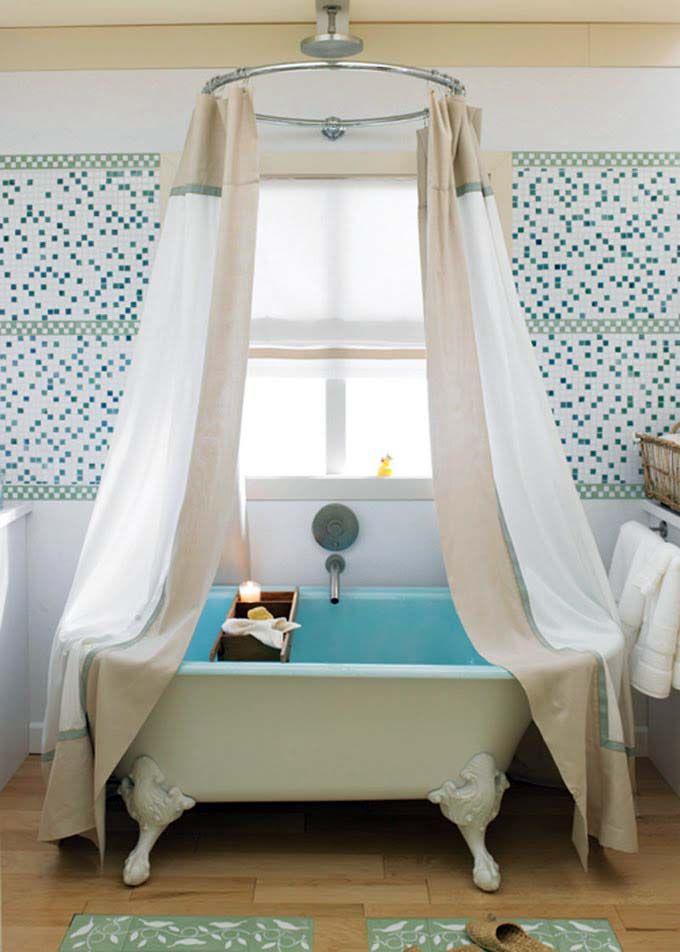 Вы сделали #ремонт, установили новую #сантехнику, осталось добавить последний штрих — #карниз и #занавески для ванны. 🙇🚿 Выбрав красивый, прочный и надежный карниз, вы гарантировано обезопасите свою ванную комнату от разбрызгивания воды во время приема душа.  Всегда поможем с выбором: http://santehnika-tut.ru/karnizy-dlya-vann/