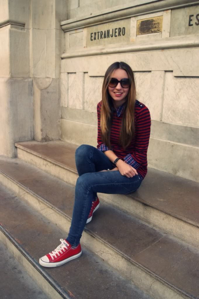 Resultado de imagen para outfit overall zapatillas rojas