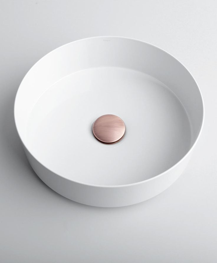 Badrumsmöbler och badrumsinredning - Superfront. Med stomme från Ikea.