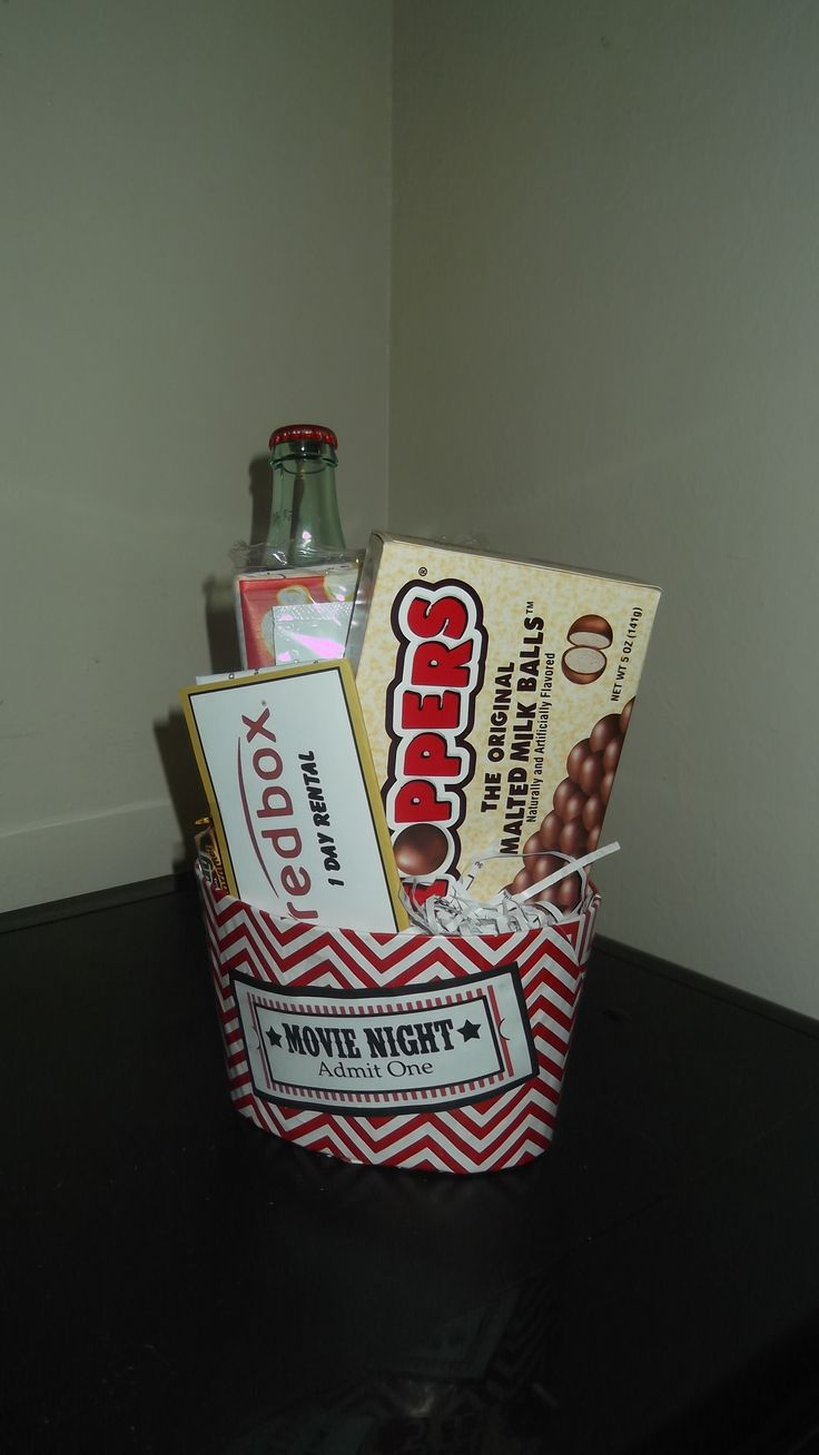 17 best ideas about redbox gift card teacher movie night gift bucket diy redbox gift card made of card stock paper container