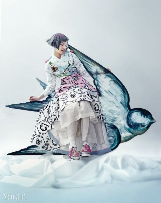 Full editorials of Korean traditional fairy tale, 'Once Upon A Time' at vogue.co.kr 전래 동화 속으로 빠져든 국악 소녀 송소희 - VOGUE.co.kr