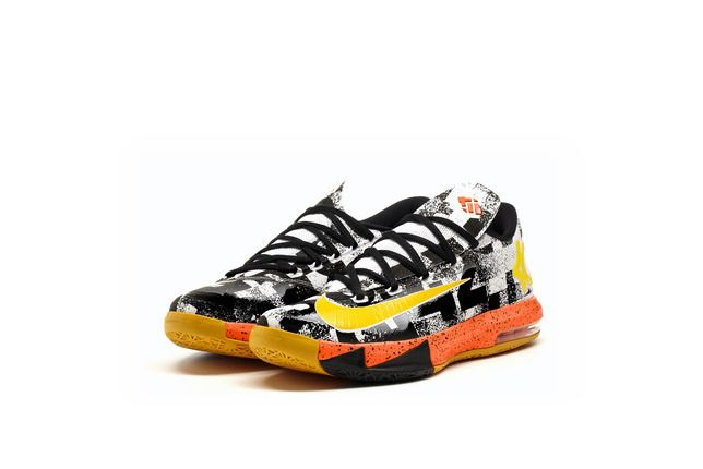 Kevin Durant now has his first NBA Most Valuable Player award, and Nike has  released a pair of shoes that pay tribute to the Oklahoma City Thunder ...