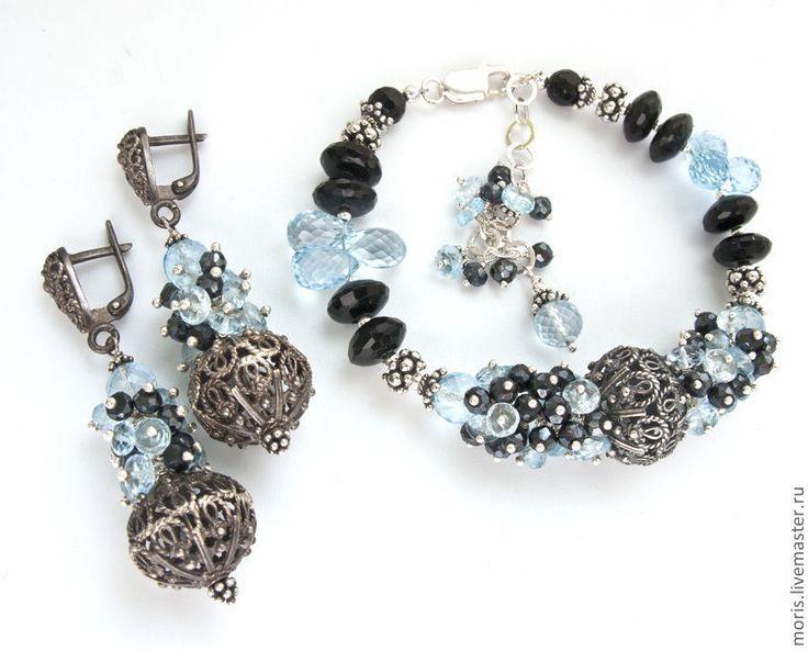 """Купить Браслет из серебра и голубых топазов """"Ночной мегаполис""""  шпинель - браслет из серебра, браслет с камнями"""