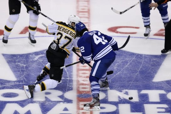 Toronto Maple Leafs centre Tyler Bozak accuses Boston Bruins of 'cheating better' on faceoffs in NHL playoffs