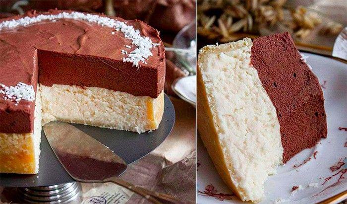 Fantastický kokosový cheesecake s čokoládovou pěnou na vrchu. Osvěžující díky citrónové šťávě, která se přidává do kokosové nádivky.