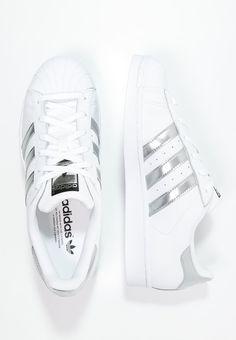 Adidas Superstar blancas con rayas plateadas para mujer 2017