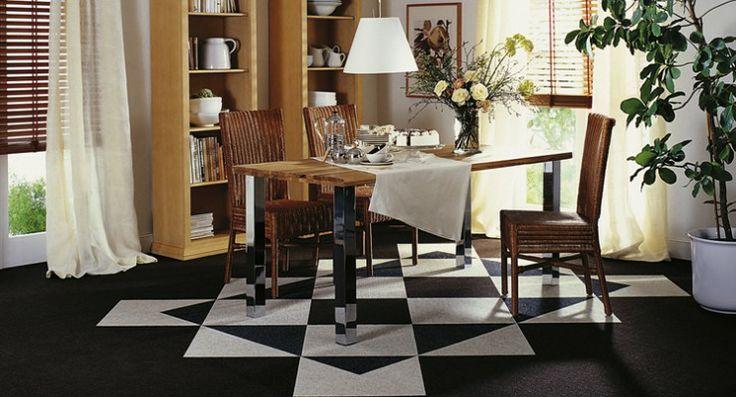 Leuke Tretford tapijttegels in de eetkamer, met #tapijttegels kun je leuke figuren maken