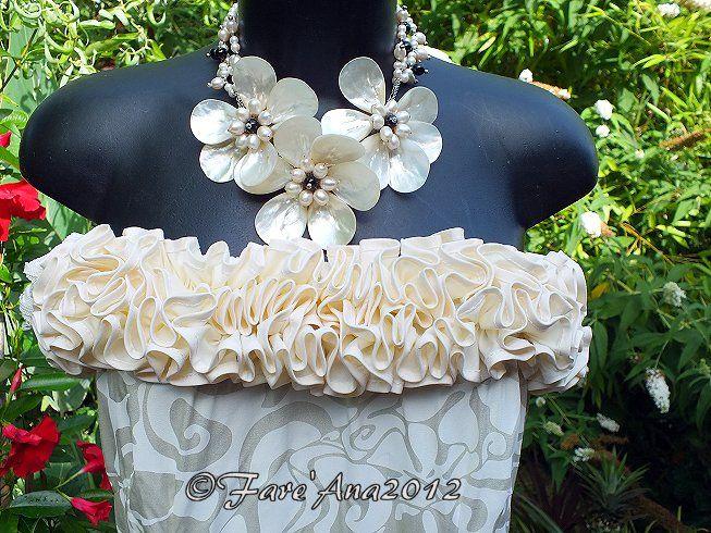 » Robe Bustier de Mariée Tahitienne à Froufrou en Pareo Crème avec Fente Côté Gauche M et L fare'ana » Blog Archive