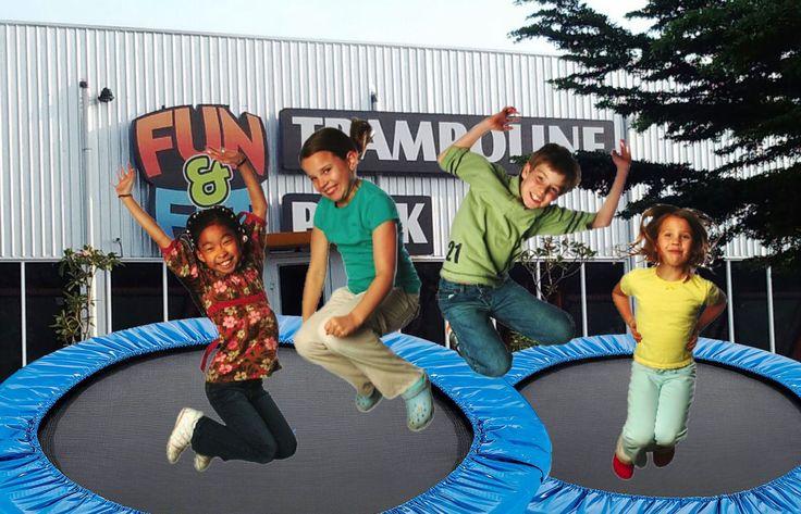 Fun & Fit Galuh Mas Arena Trampoline Terbesar di Karawang. Jalan-jalan ke Karawang seharusnya penuh keceriaan. Cobain yuk wahana trampolinnya.