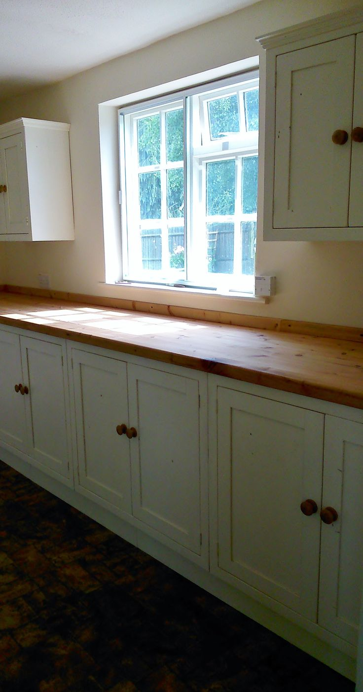 Reclaimed Pine Shaker Style Kitchen Units Painted In