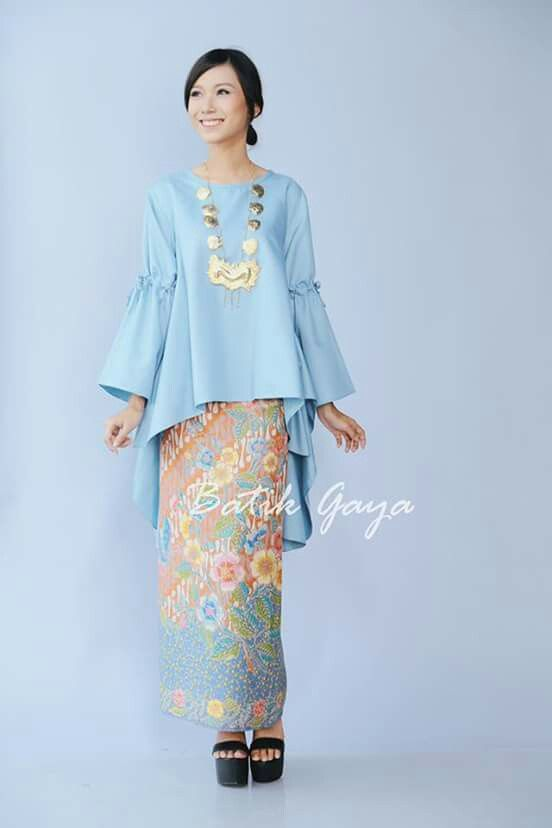 1000 Ideas About Kebaya On Pinterest Batik Dress