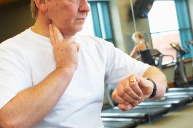 Recuperación de la frecuencia cardíaca con la edad. Durante la realización de ejercicio, la frecuencia cardíaca y la frecuencia respiratoria aumentan para satisfacer las necesidades de oxígeno del cuerpo. El control del pulso durante el ejercicio puede ayudarte a alcanzar tus objetivos ...