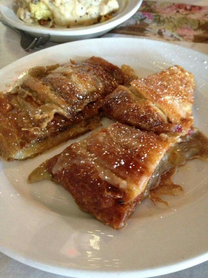 Kringle French toast. Are you kidding me!?! Robert's Roost, Racine, WI