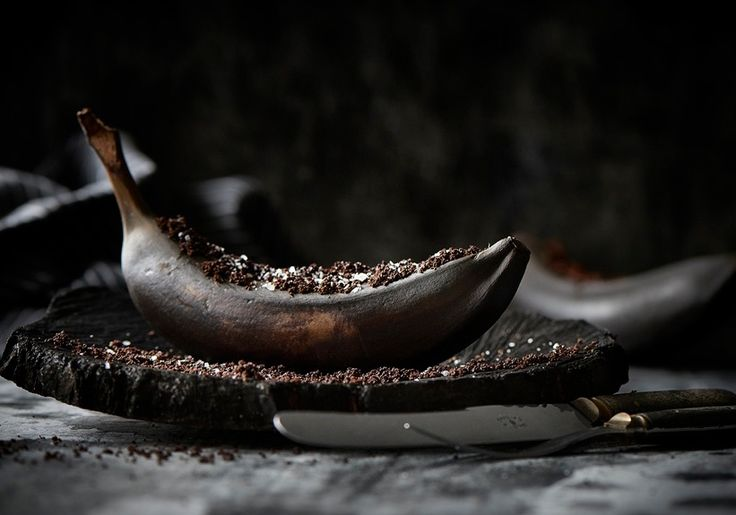 Grilled banana with dark chocolate, espresso granules and sea salt.