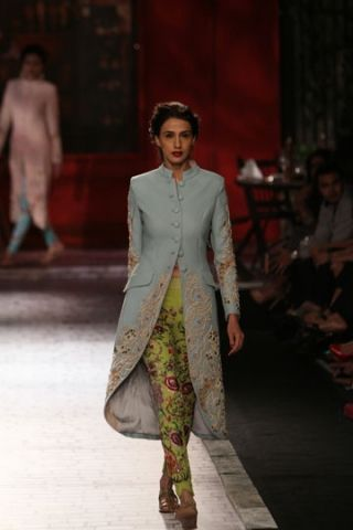 Monisha Jaising | India Couture Week 2014  Love the concept, but different colored pants without the prints. Perhaps beige, brown or black.