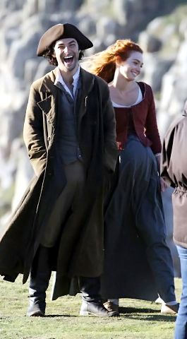 Aidan Turner and Eleanor Tomlinson filming Poldark