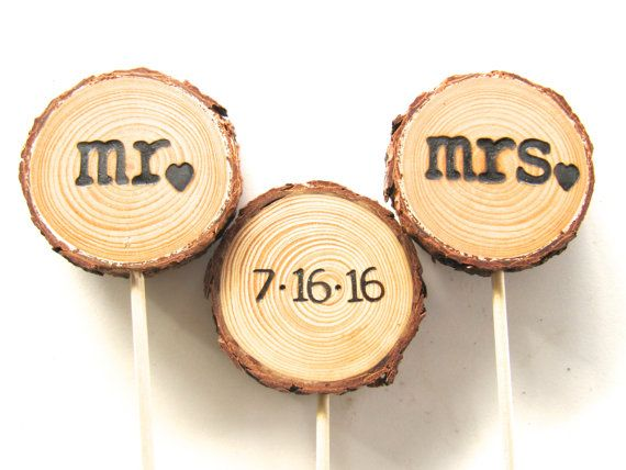 This wood wedding cake topper has been hand cut from reclaimed trees and tree branches in the Sierra Nevada Mountains of Northern California.