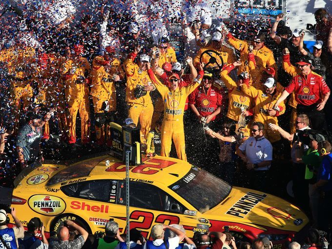 Joey Logano wins the 2015 Daytona 500.