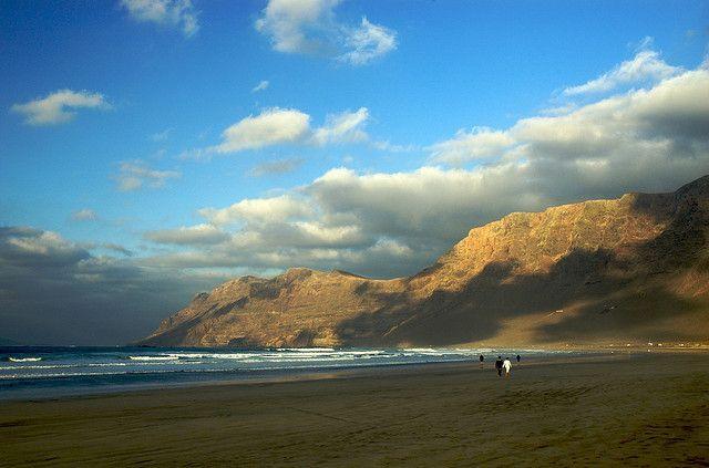 Typujemy najciekawsze atrakcje na wyspie Lanzarote. Co warto zobaczyć i zwiedzić?