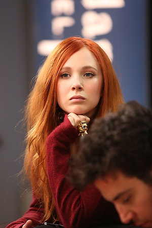 Juno Temple - Great hair color