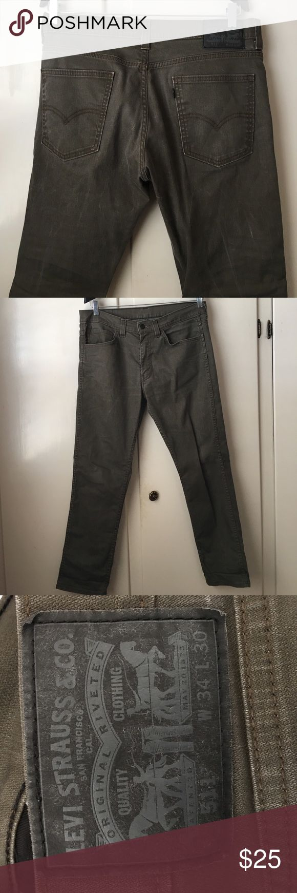 511 Levi's Men's Jeans Perfect condition Levi Jeans, 511 which is a straight/skinny leg. My husband doesn't wear these pants anymore but they're pretty much brand new. Size is a 34 x 30. No trades or PayPal. Thanks! Levi's Jeans Slim Straight
