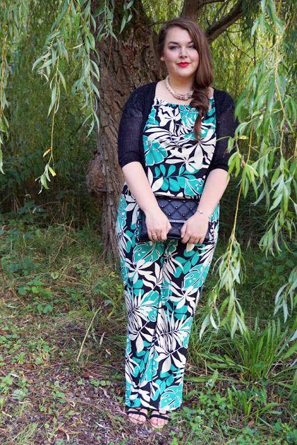 Tropical Jumpsuit mit Palmen-Print schwarz weiß grün mit Glitzer-Bolero | Plus Size Fashion Curvy Outfit