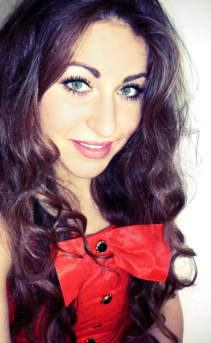 face # hair # dresses # greeneyes