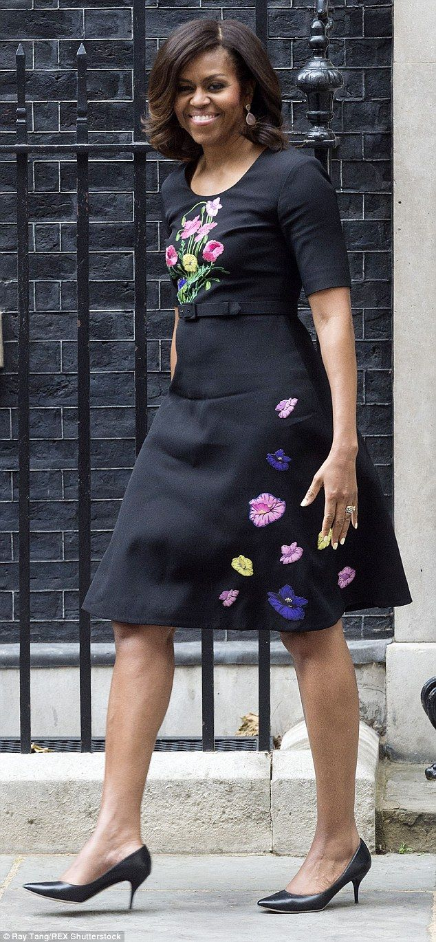 Michelle Obama beats Samantha Cameron in powering dressing style poll #dailymail