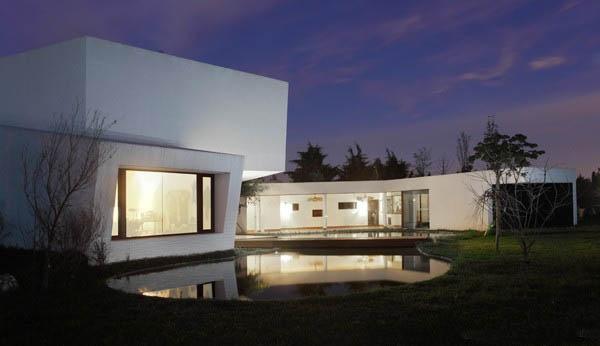 Casa Orquidea byAndrés Remy Arquitectos