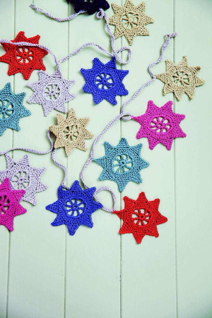 26 best Garland images on Pinterest | Crochet garland, Christmas ...