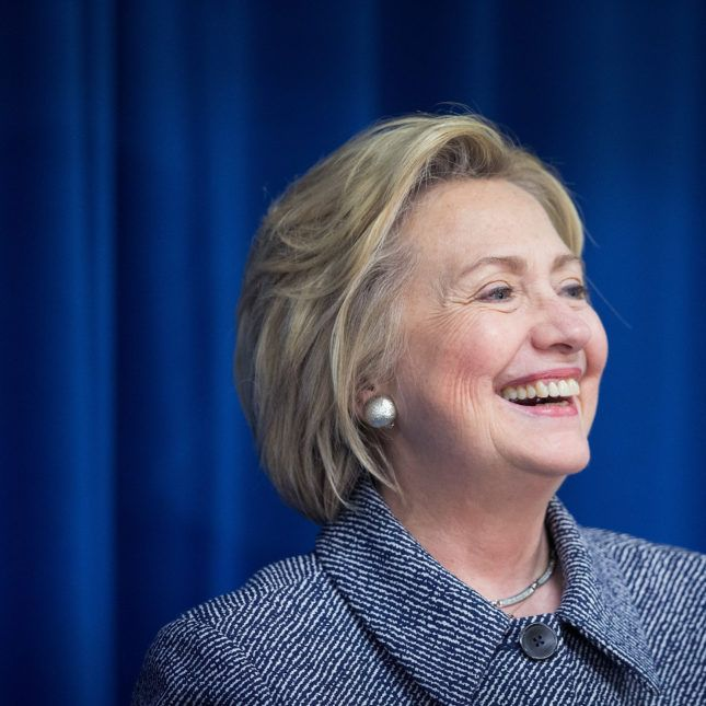 As Trump worked on his immigration ban, Hillary Clinton showed her support for immigrant cancer researchers