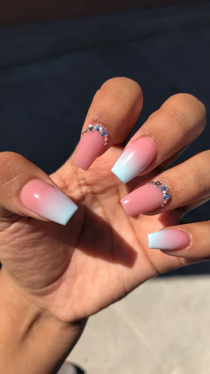 6749 best NAILS images on Pinterest | Christmas nails, Nail scissors ...