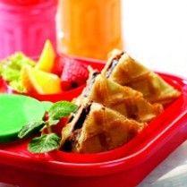 CRISPY WAFFLE http://www.sajiansedap.com/mobile/detail/8919/crispy-waffle