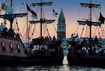 #Escursione nel galeone - #Jolly Roger #excursion into the #galleon #Ausflug in die #Galeone #excursion dans le #galion #экскурсия в #галеона