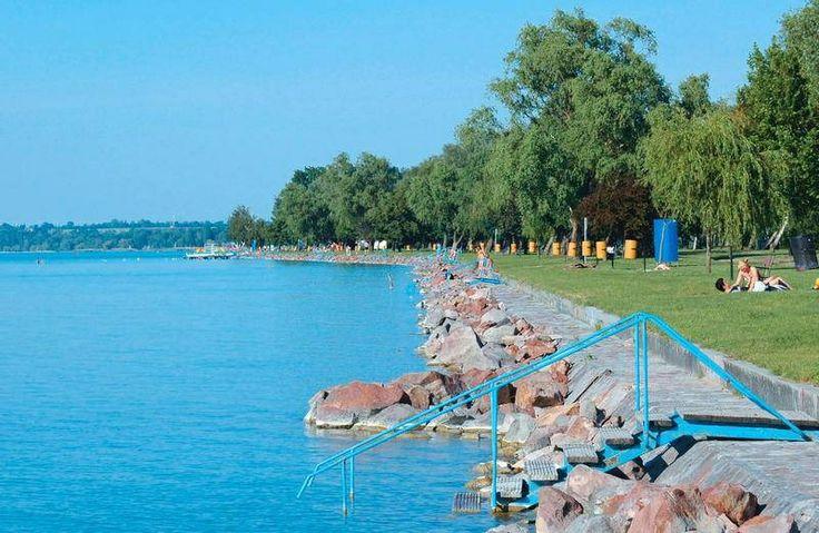 Siofok - 'strand' aan het Balatonmeer