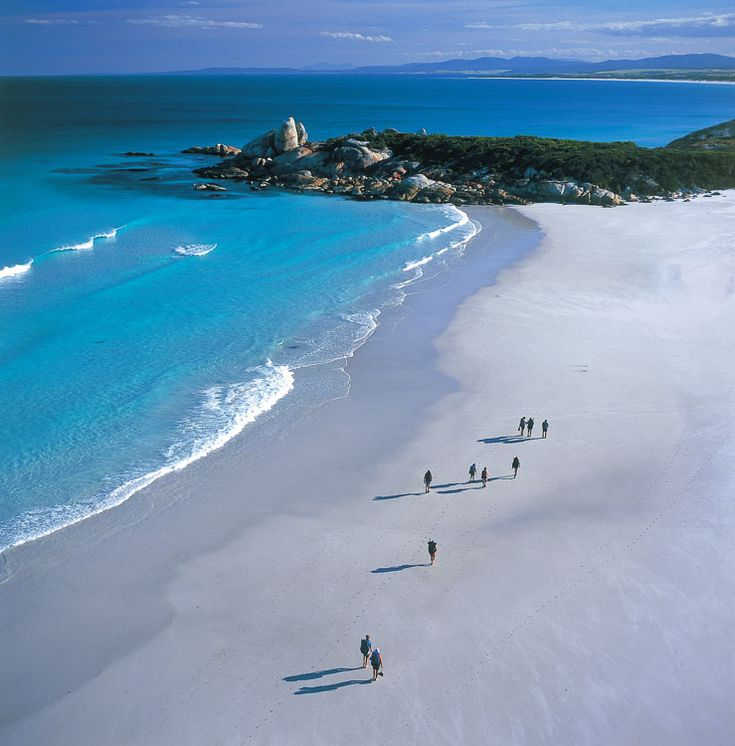 The Bay of Fires Walk on the east coast of Tasmania, AUSTRALIA.