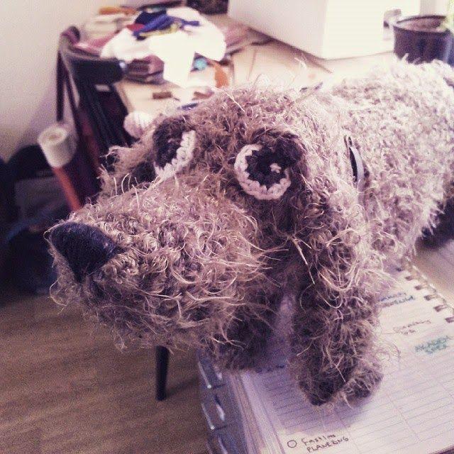 Crochet dochound, made by Garnknuten