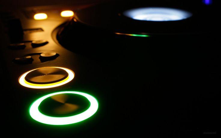 Papel de Parede - Discoteca gear: http://wallpapic-br.com/musicas/discoteca-gear/wallpaper-23801