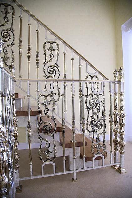 Лестничное ограждение, латунь - «Mercury Forge» #stairs #decor #home #grandeforge #royal #mercuryforge #лестницы #ограждения #роял #москва #дом #интерьер