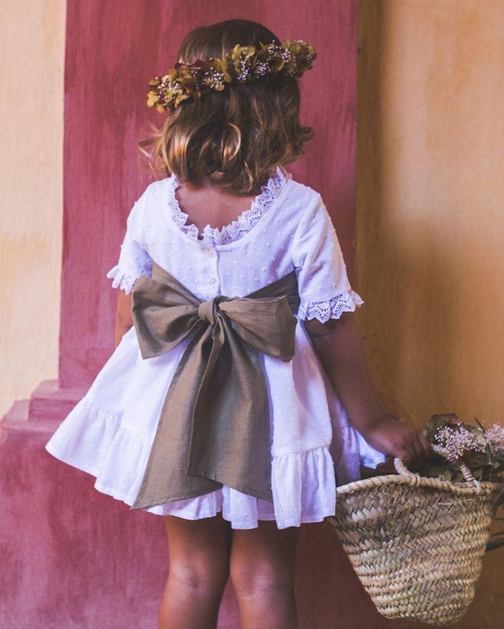 Recomendaciones para vestir ideal a tus niños de arras Weddings - La Champanera