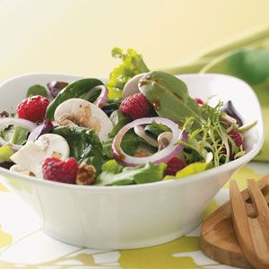 Summer Salad with Lemon Vinaigrette: Salad, Salad Recipes, Vinaigrette Salad, Salad Dressing, Vinaigrette Recipe, Summer Salads, Lemon Vinaigrette Just, Food Salad, Appitizers Soups Salads