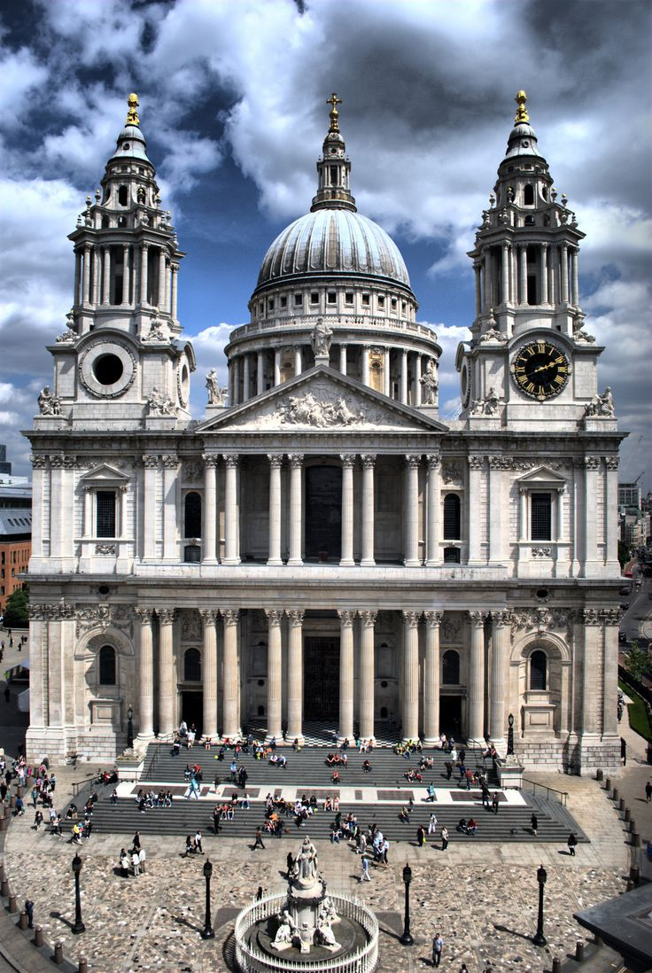 The foundation stone of the new St Paul's Cathedral in London was laid on this day 21st June, 1675. The Cathedral was designed by Sir Christopher Wren and the site faced that of the church destroyed in the Great Fire of London in 1666