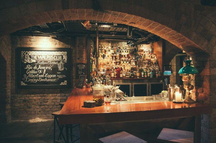 The 8 Best Hidden Bars In Brisbane