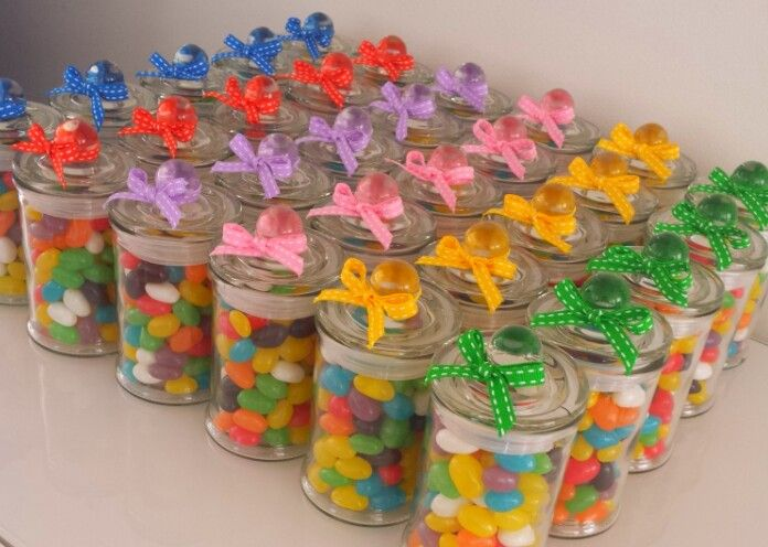 Jelly bean jars. A thoughtful gift to thank some supportive friends for just 'bean' there!