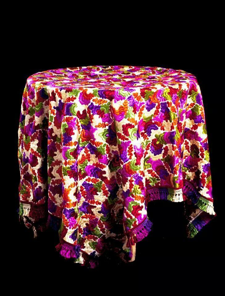 From hadiyati rabat embroidery and details pinterest - Model coussin marocain ...