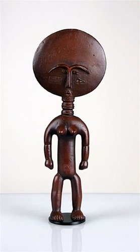 "Akua'ba African Fertility Statue | -The Asante (Ashanti) tribe live in Central and South Ghana.  The statue is known as ""Akua'ba"".  This is the traditional stylized figure that would be created for a woman who wished to conceive or struggled with infertility.  They would care for the statue like a real child until they conceived."