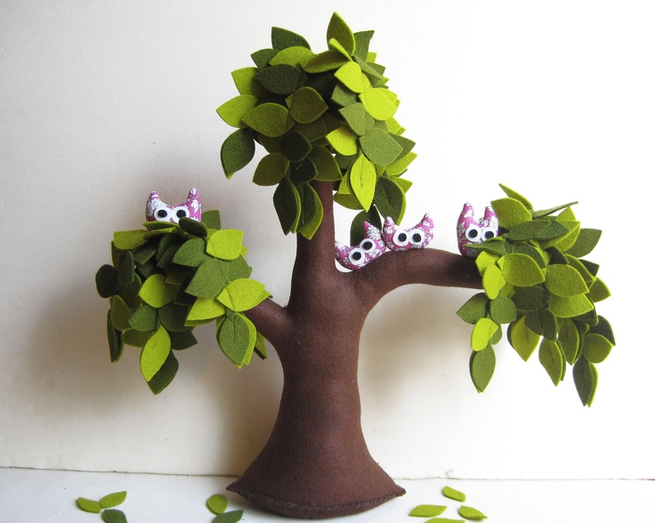Weeping willow with a family of owls - Felt Tree. $55.00, via Etsy.